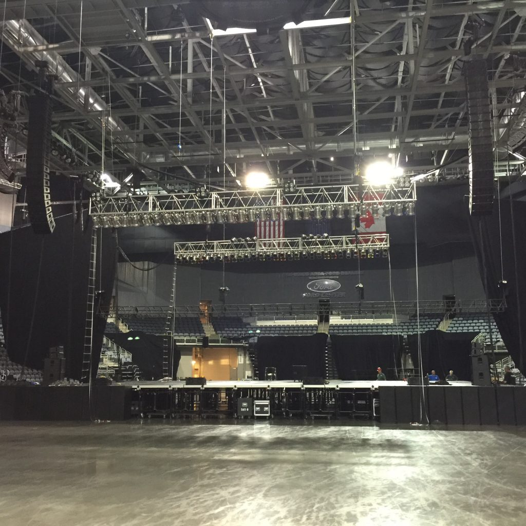 Audio Speakers Line Array QSC Wideline 10 Wideline 8 PLD amplifiers PL380 Amplifiers Midas XL4 Ford Center Boston 2015 Concert